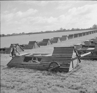 1943 chicken tractor.png